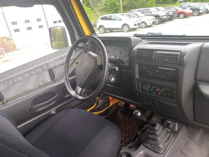 Jeep Wrangler 2001 price $12,125