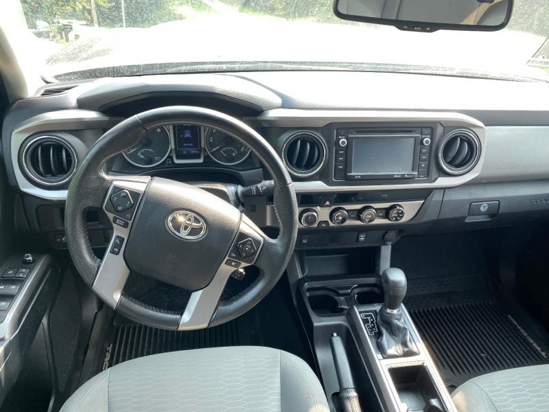 Toyota Tacoma 2016 price $33,795