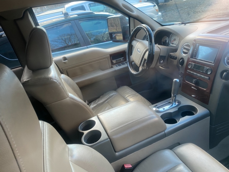 Ford F-150 2005 price $11,095