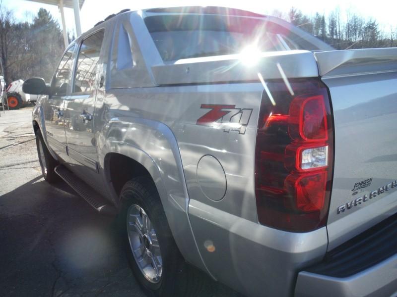 Chevrolet Avalanche 2013 price $18,975