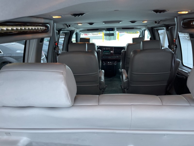 GMC SAVANA 2013 price $23,995