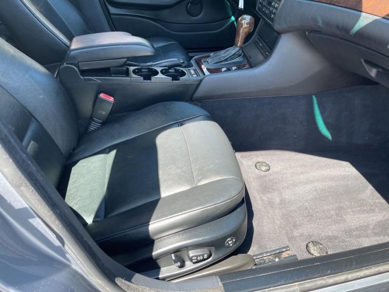 BMW 325 2005 price $8,706