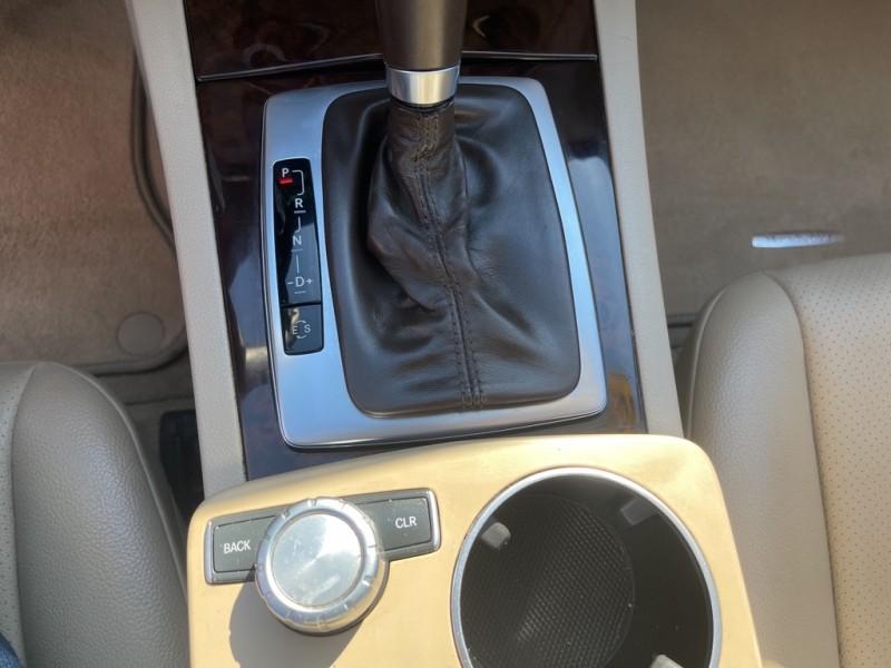 MERCEDES-BENZ C-CLASS 2013 price $17,995