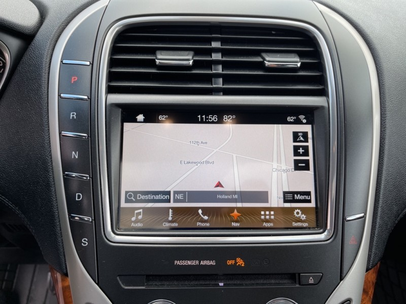 LINCOLN MKX 2017 price $30,995