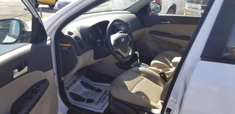Hyundai Elantra Touring 2012 price $6,995