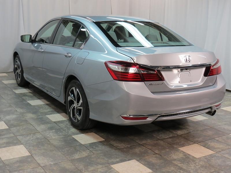 Honda Accord Sedan 2017 price $13,250