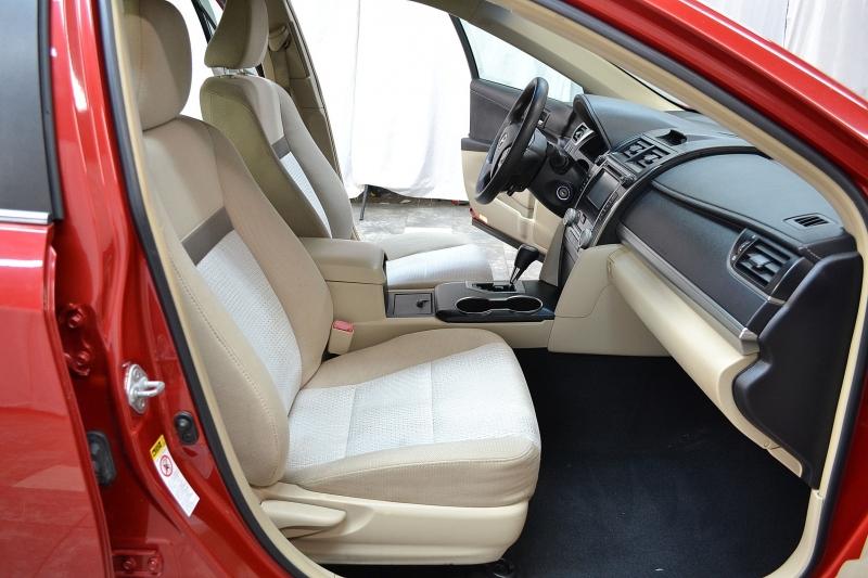 Toyota Camry 2012 price $9,745