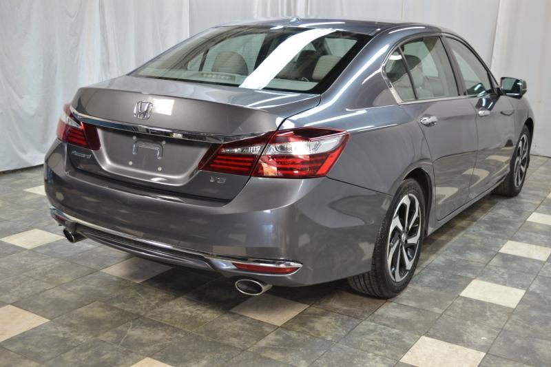 Honda Accord Sedan 2017 price $19,745