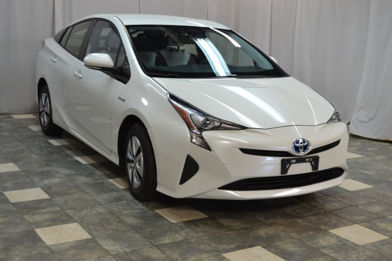 Toyota Prius 2016 price $17,245