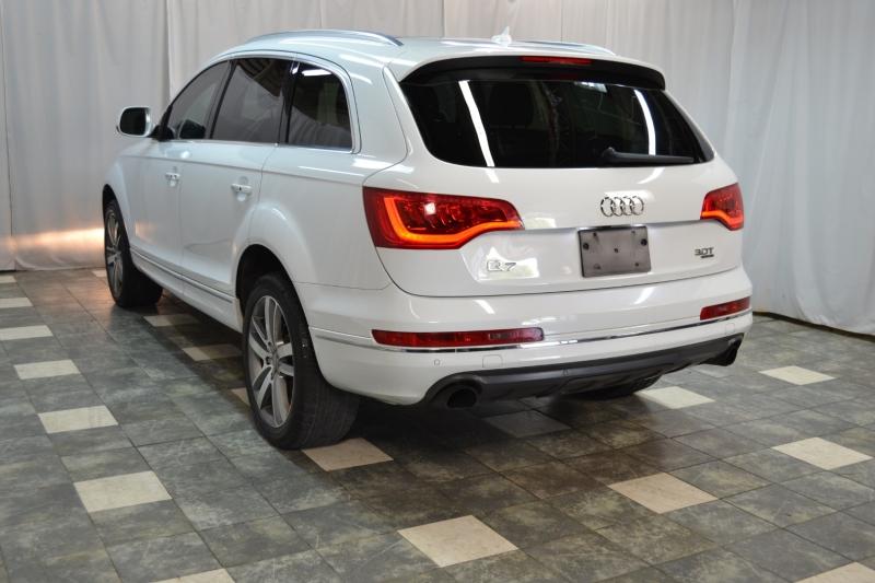 Audi Q7 2015 price $19,895