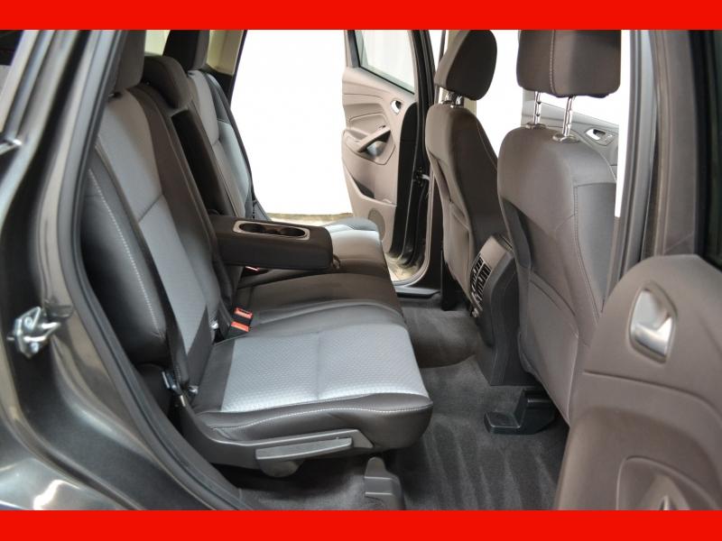 Ford Escape 2017 price $13,795