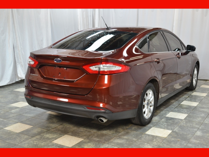 Ford Fusion 2016 price $10,395