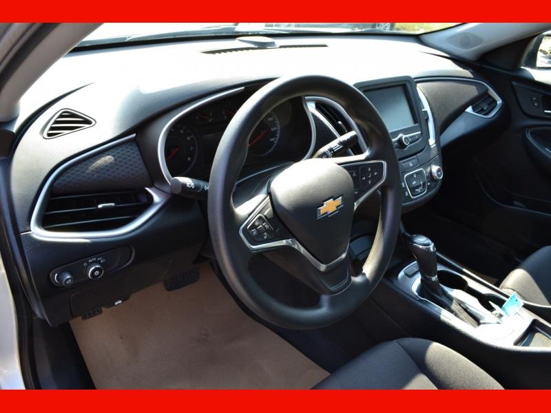 Chevrolet Malibu 2018 price $15,350