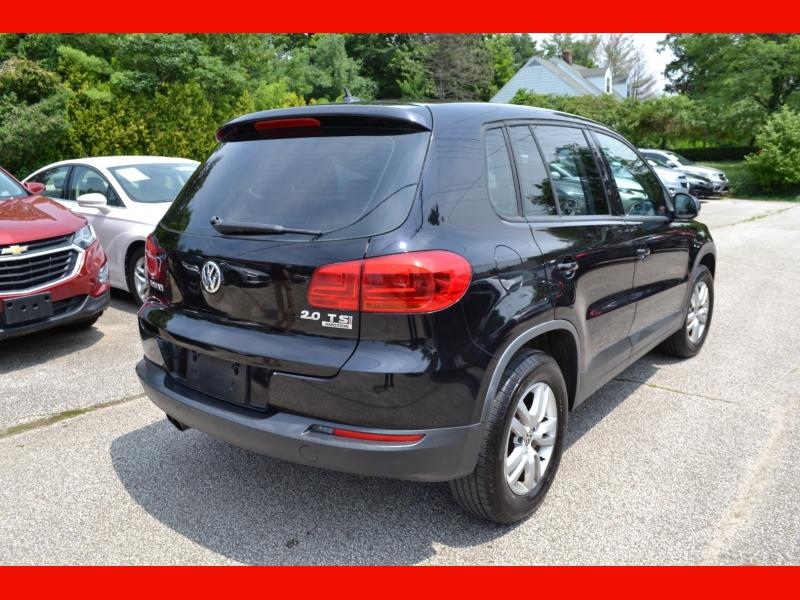 Volkswagen Tiguan 2012 price $10,995