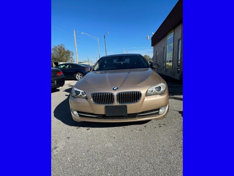 BMW 5-Series 2012 price $10,500