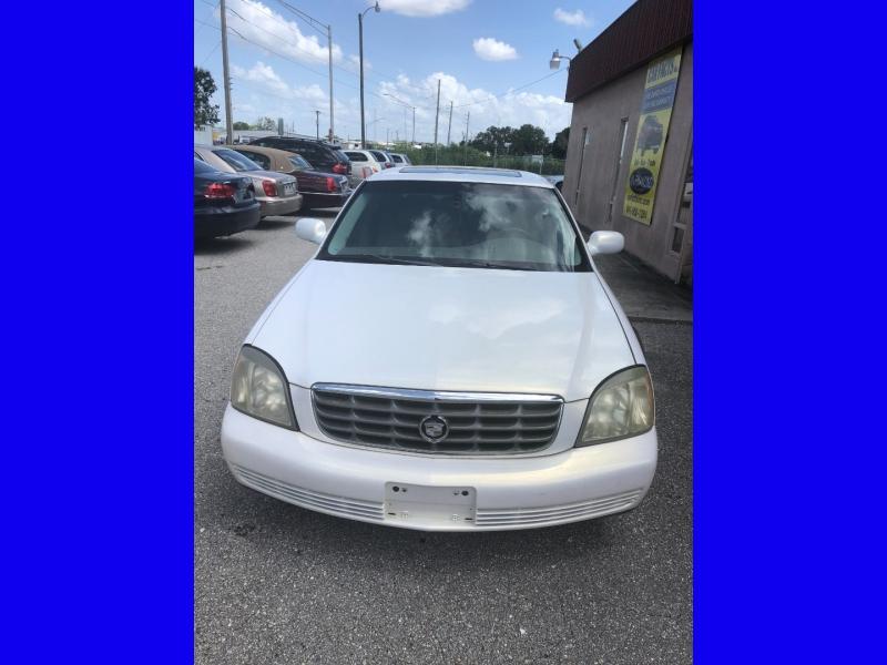 Cadillac DeVille 2005 price $2,250