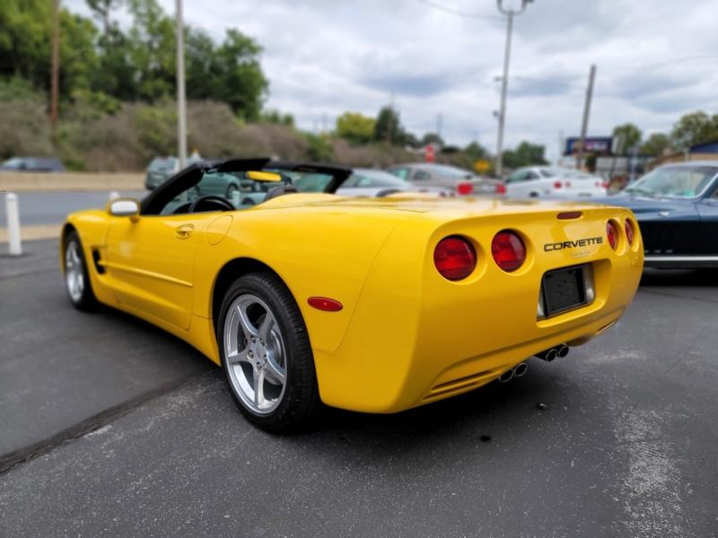 Chevrolet Corvette 2004 price $21,900