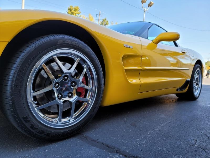 Chevrolet Corvette 2003 price $29,900