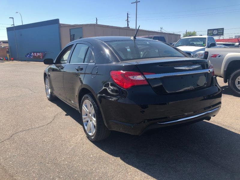 Chrysler 200 2013 price $6,991