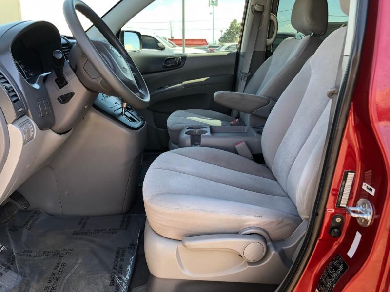 Kia Sedona 2010 price $5,995