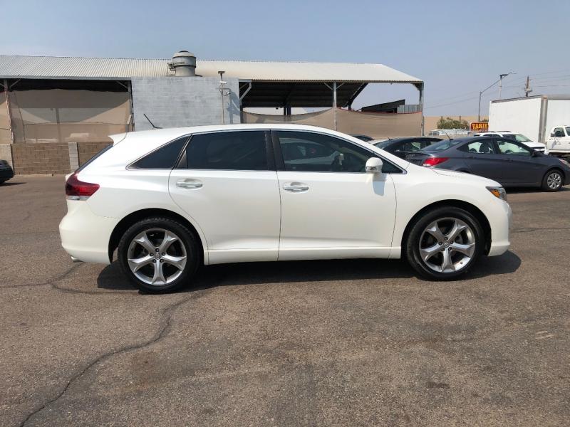 Toyota Venza 2013 price $13,891