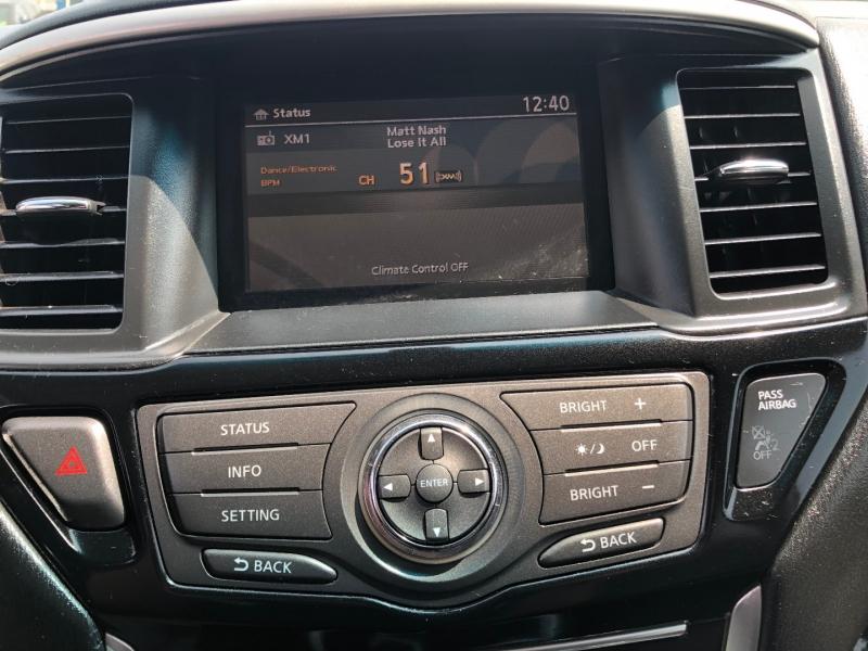 Nissan Pathfinder 2013 price $10,488
