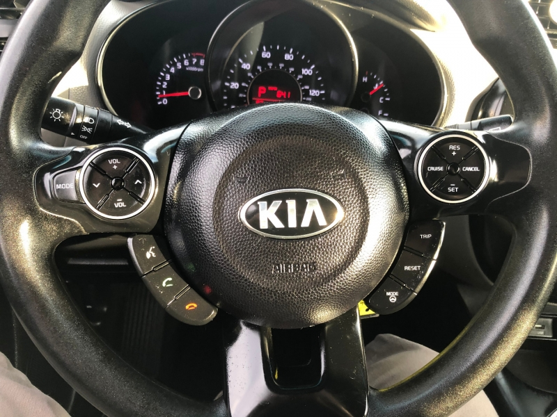 Kia Soul 2015 price $9,591