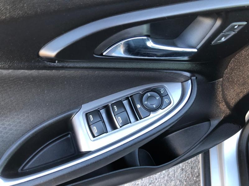 Chevrolet Malibu 2017 price $9,421