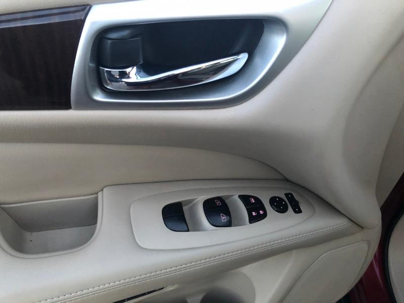 Nissan Pathfinder 2014 price $12,588