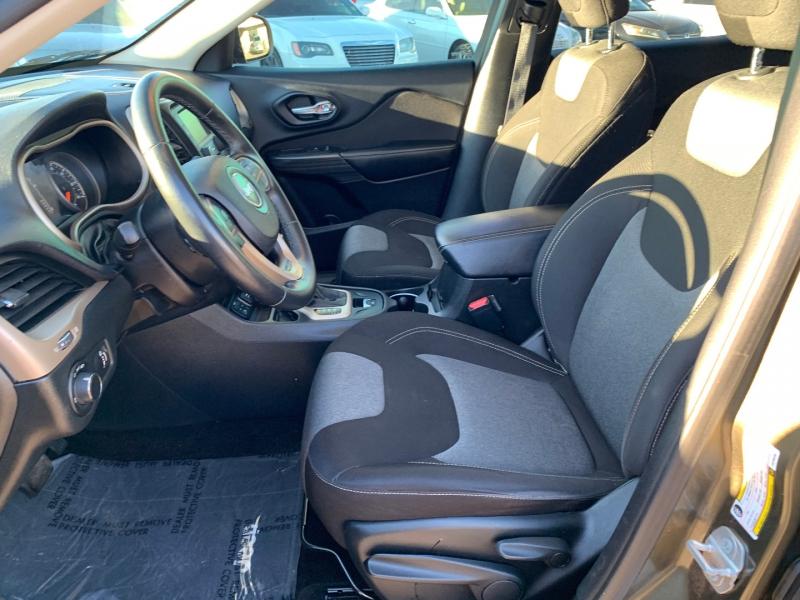 Jeep Cherokee 2015 price $11,991