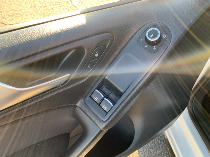 Volkswagen GTI 2012 price $10,991
