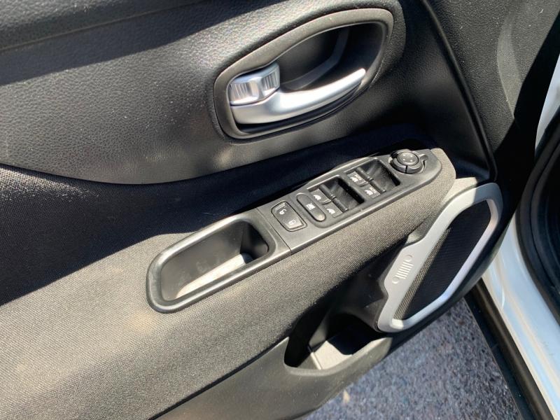 Jeep Renegade 2018 price $17,991
