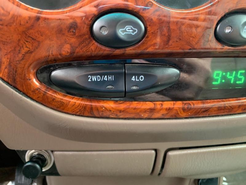 Toyota Tundra 2001 price $9,991