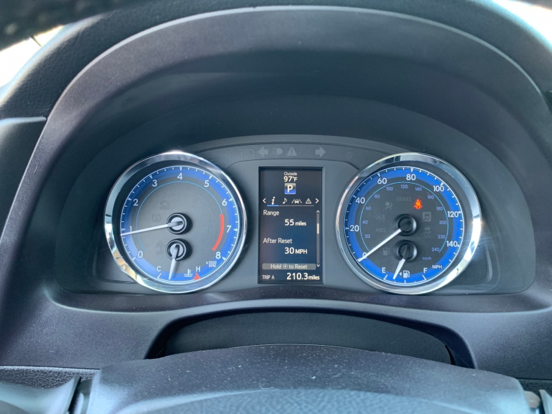 Toyota Corolla 2017 price $17,991