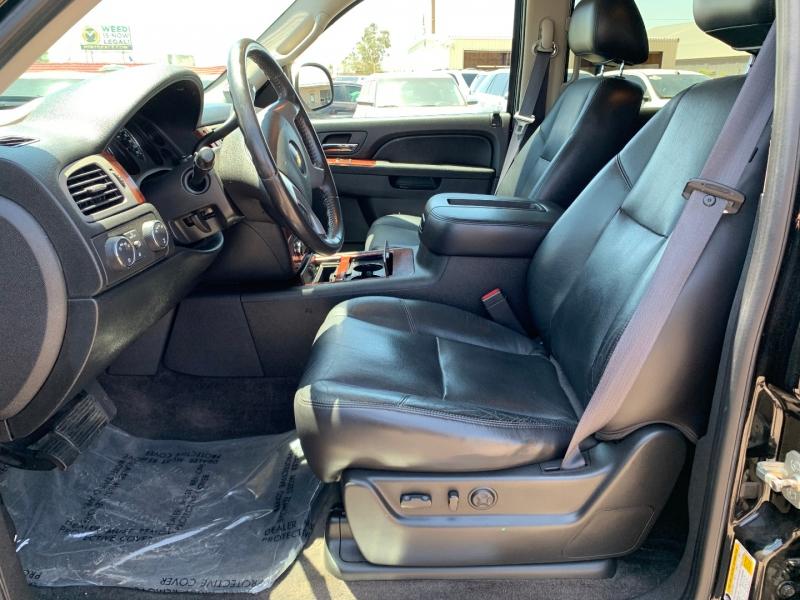 Chevrolet Avalanche 2011 price $15,991