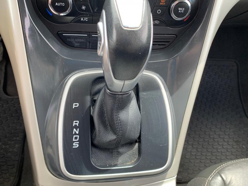 Ford Escape 2013 price $9,591