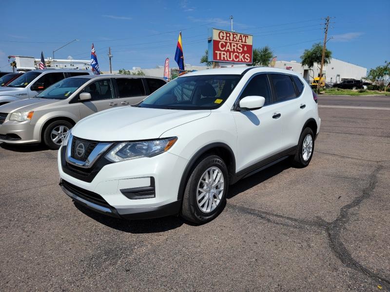 Nissan Rogue 2017 price $14,995