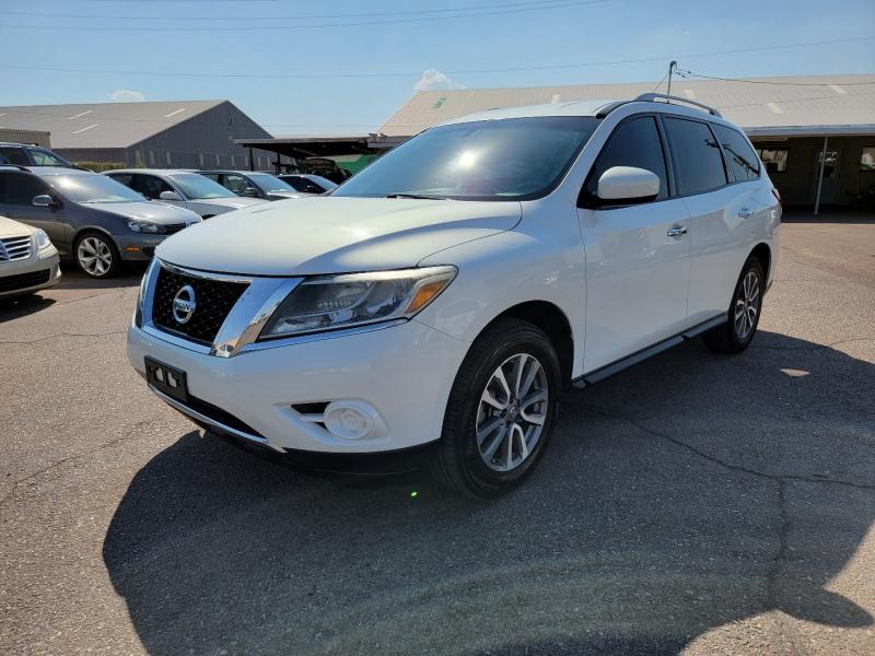 Nissan Pathfinder 2014 price $13,391