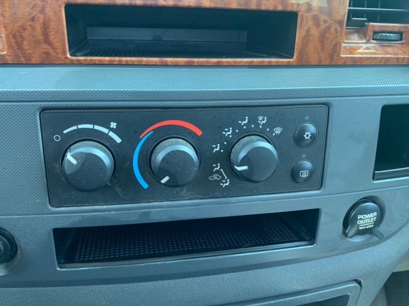 Dodge Ram 1500 2006 price $13,291