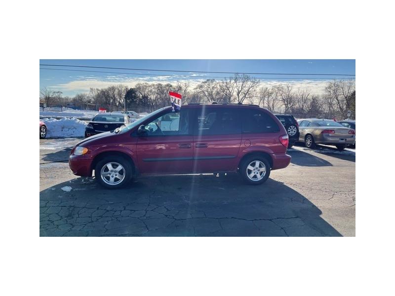 Dodge Caravan 2005 price $4,195