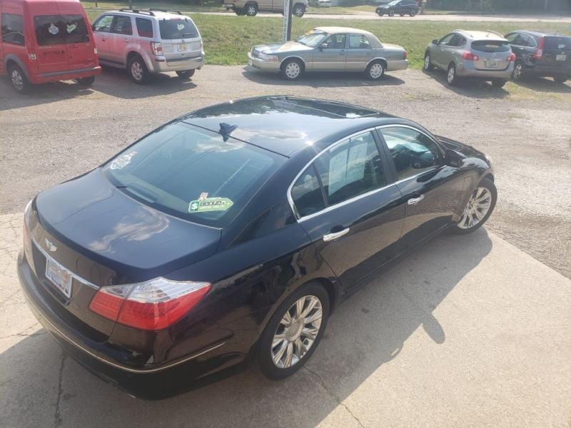 Hyundai Genesis 2009 price $7,788