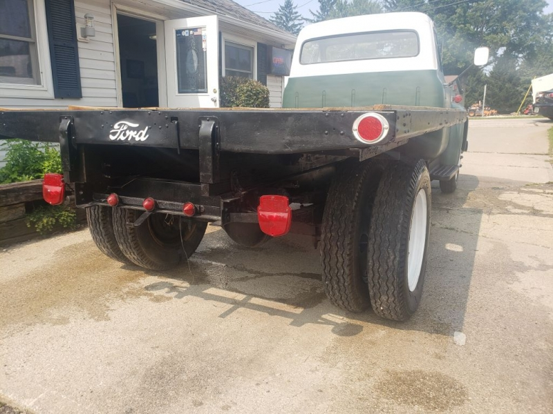 Ford F500 FLATBED 1953 price $9,956