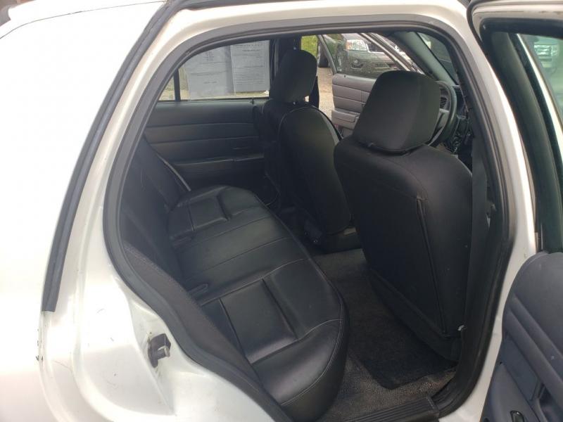 Ford Police Interceptor 2009 price $3,990