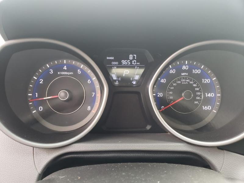 Hyundai Elantra 2011 price $7,373