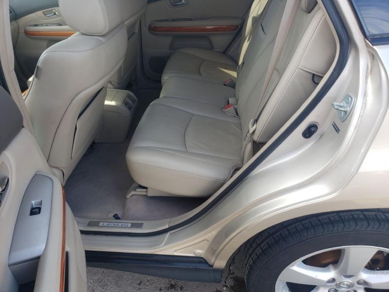 Lexus RX 330 2004 price $6,993