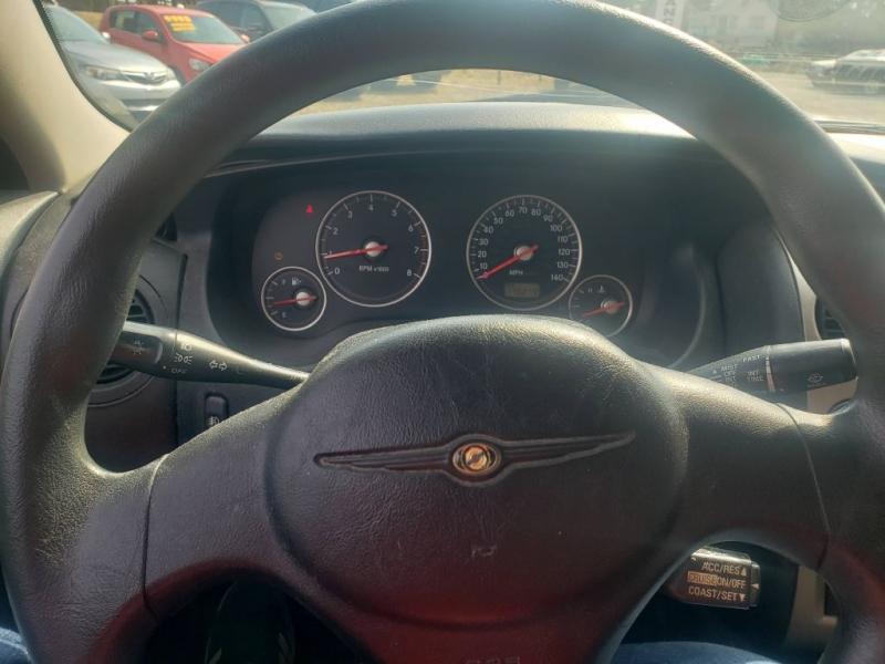 Chrysler Sebring 2003 price $2,998