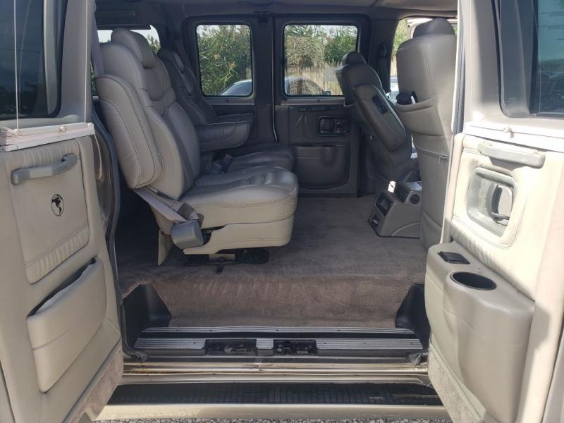 Chevrolet Express Passenger 2006 price $16,990