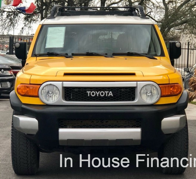 Toyota FJ Cruiser 2008 price Call for Pricing.