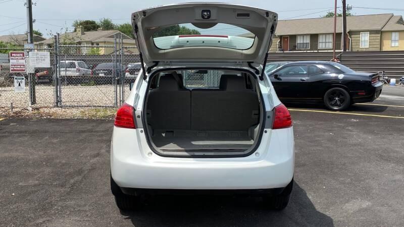 Nissan Rogue 2012 price $1,500