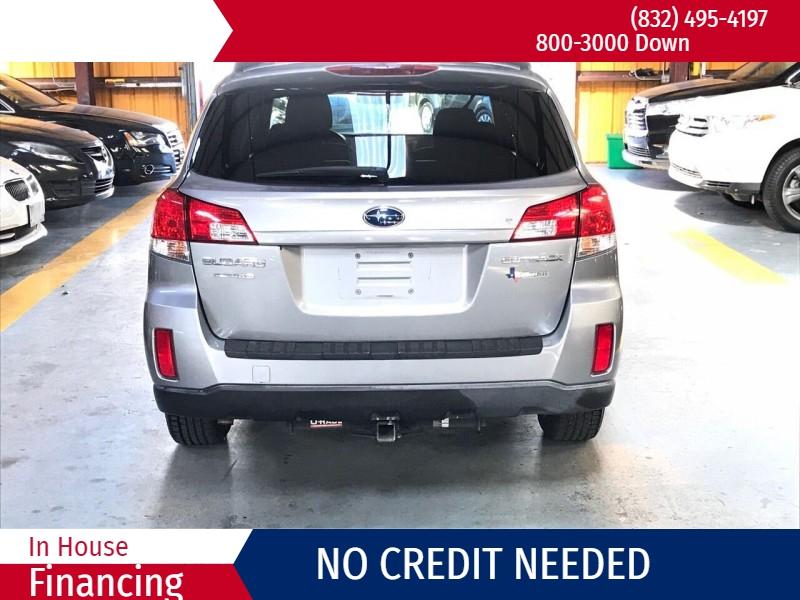 Subaru Outback 2011 price $2,000